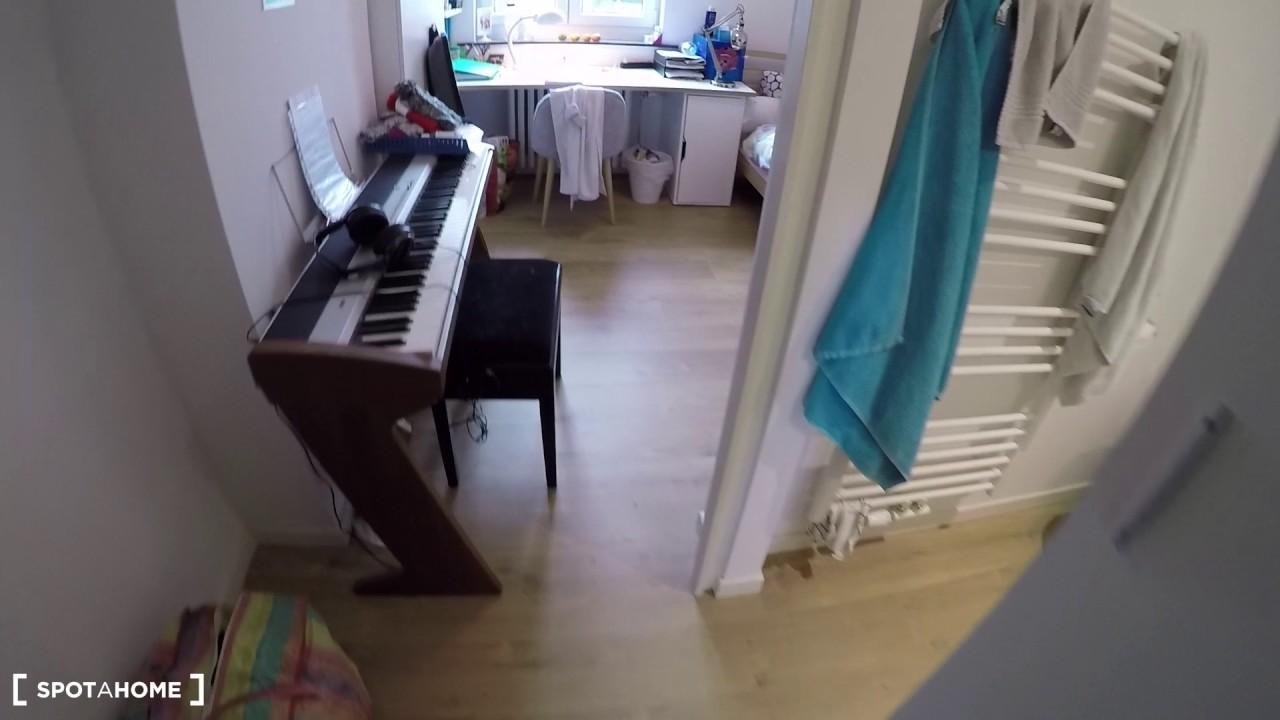 Single Bed in Rooms for rent in elegant 6-bedroom student house in Anderlecht area
