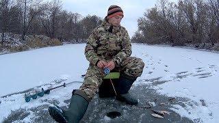 Ловля на черта по первому льду