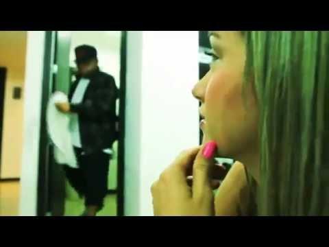 Wolfine Ft. Ñejo - Escápate Conmigo (Official Remix) Video Oficial edición 2012