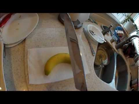 How to: Chop a Banana