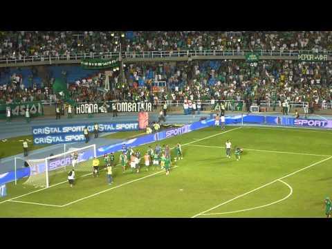 """Deportivo Cali Vs Once Nalgas / Celebración a la final / 30 De Noviembre 2013"" Barra: Frente Radical Verdiblanco • Club: Deportivo Cali"