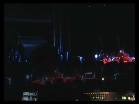Qwentin Live@Coliseu dos Recreios pt1