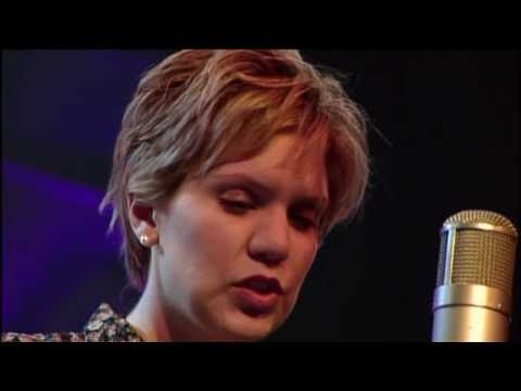 Alison Krauss - Down In The River To Pray (H264HD.mp4)
