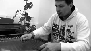 Tak hraje na nástroj jeden z nejlepších cimbalistů na Moravě, umělecký šéf CM Harafica-PETR GABLAS