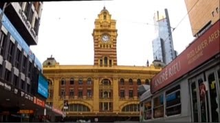 preview picture of video 'Melbourne Street Tour: Swanston St & Elizabeth St. GANGgajang This is Australia'