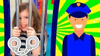 Police Agnes Pretend Play w/ Playhouse Police station