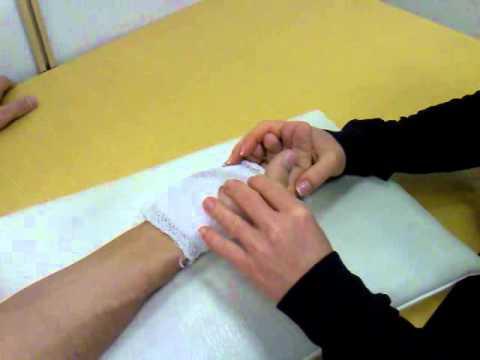 Férfiak kezeinek rheumatoid arthritis