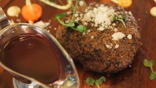 Пеппер стейк с соусом «Бер-руж». Рецепт от шеф-повара.