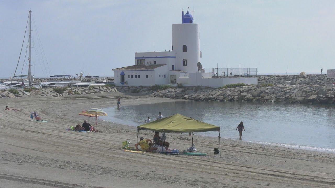 Limpieza, nuevas duchas, vigilancia y cuidado del litoral manilveño