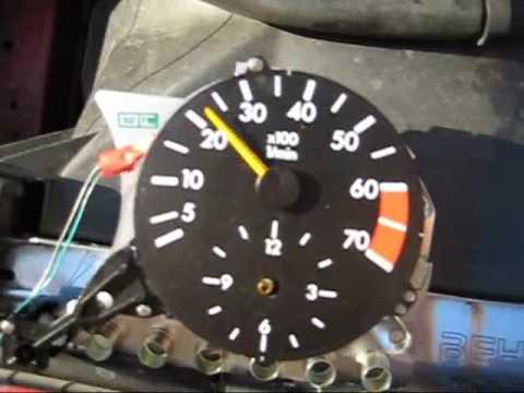 Wie wieviel zu rechnen es isst der Wagen des Benzins