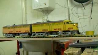 preview picture of video 'G Scale Train ALCO FA+FB 1 Sound Test'