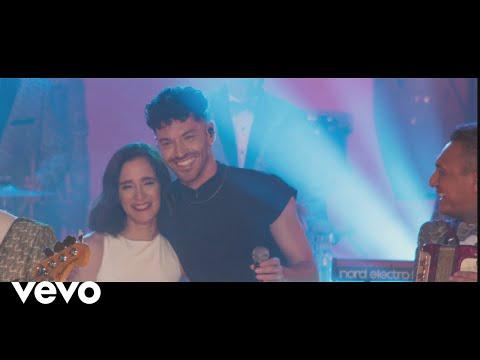 Los Ángeles Azules Acaríñame Feat Julieta Venegas Juan Ingaramo Jay De La Cueva