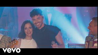 Acaríñame (En Vivo) - Los Angeles Azules feat. Julieta Venegas, Juan Ingaramo y Jay de la Cueva (Video)