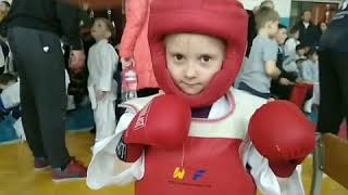 Услуги грузчиков  Киев от компании Услуги грузчиков  и разнорабочих  ENSiDi - видео 1