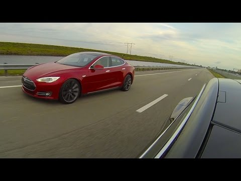How Much Faster Is The Model S P85D Than The Vanilla Model S?