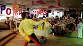 Выездной бар Бармен шоу Пирамида из шампанского Москва!