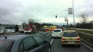 preview picture of video 'Prometna nesreča - Trzin'