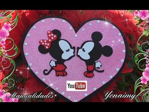 Minnie Y Mickey Mouse Enamorados Para Regalo Del Dia Del Amor Y La