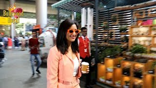 Parineeti Chopra SPOTTED At The Airport