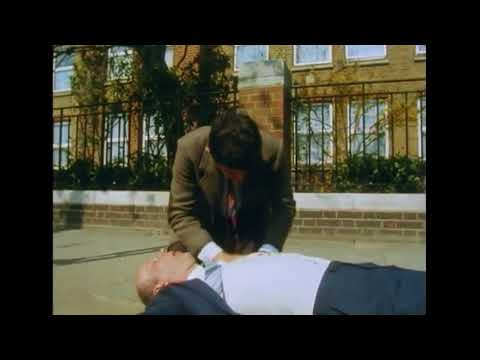 Mr Bean CPR