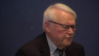 David Aaker PROFESSOR EMERITUS, HAAS SCHOOL OF BUSINESS