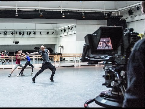 Wayne McGregor rehearses Obsidian Tear (The Royal Ballet)