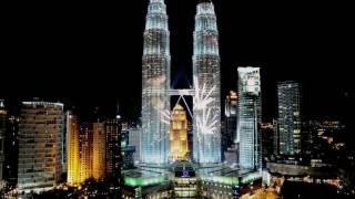 Digimeg lights up the Petronas Twin Towers