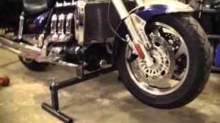 Triumph Rocket3 maintenance stand