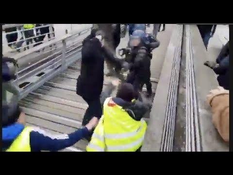 Francouzský boxer hnutí Žlutých vest se přihlásil policii. Ta ho ihned uvrhla do vazby
