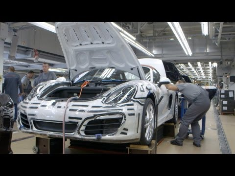 ► How Porsche 911 Carrera is made... (Type 991)