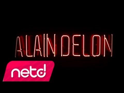 Ozan Doğulu feat Sıla - Alain Delon letöltés