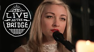 Kate Miller Heidke Ft. Ryan Keen   'Share Your Air' (Live At The Bridge)