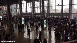 Cowboys fans run when Doors open for Packers vs Cowboys NFL Divisional Game 1/15/2017