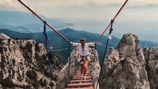 Black Sea holidays #6. Conquering our fear of heights in Ai-Petri, history overload in Sudak