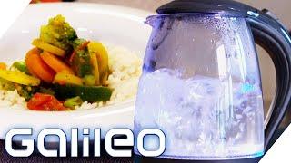 Essen kochen im Wasserkocher: Wie gut funktioniert das? | Galileo | ProSieben