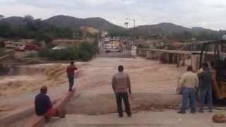 preview picture of video 'Sonoyta Wash Detour - Lukeville Border Crossing Safety'