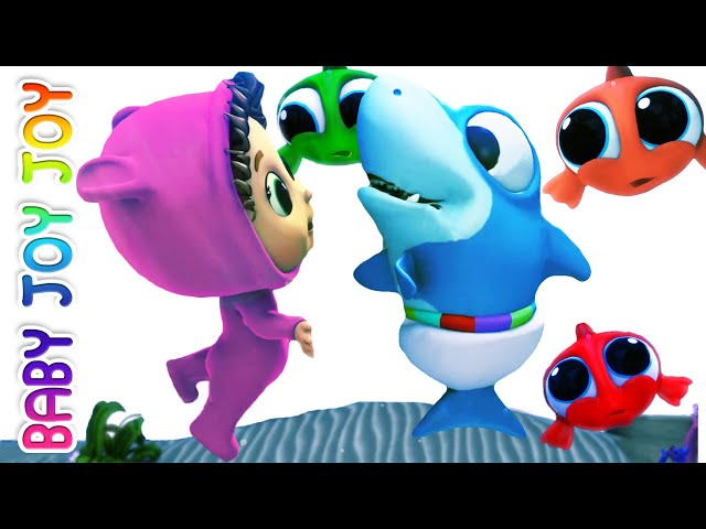 Baby Shark | Helping Friends | Nursery Rhymes