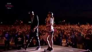 Rihanna & Jay-Z - Umbrella - Live at London