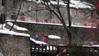 preview picture of video 'Balneario de Panticosa El Invierno'