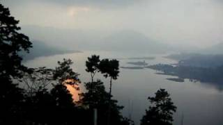 preview picture of video 'Bara-Pani,Shillong'