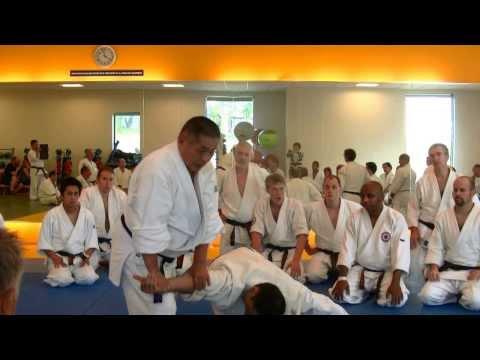 Nariyama Shihan - Teaching Oshi Taoshi & Hiki Taoshi