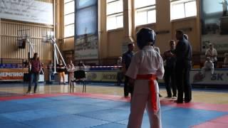 мой 2 бой 31.05.2014 каратэ (выиграл 1 место. )