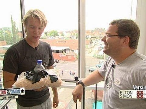 Eierschutz - Elton vs Simon - Die Show