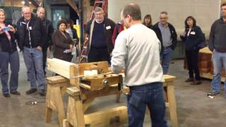 Cutting Dovetail Corner For Log Home