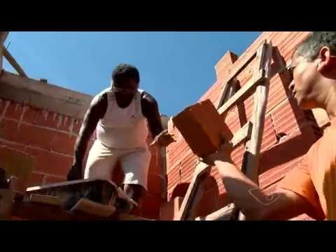 Superação: Pedreiro se Forma em Direito Após Pedalar 42Km Por Dia