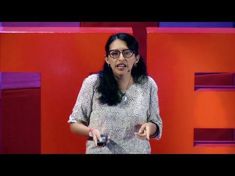 Arquitectura en la selva al servicio de la educación   Elizabeth Añaños   TEDxTukuy