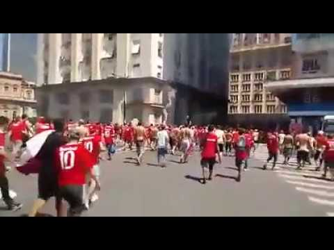 """""""Guarda Popular - Deslocamento greNAL"""" Barra: Guarda Popular • Club: Internacional"""