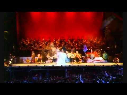 Leningrad Cowboys / Russian Red Army Choir. Delilah.
