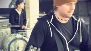 AM - Krásná Bláznivá (Official Video 2014)