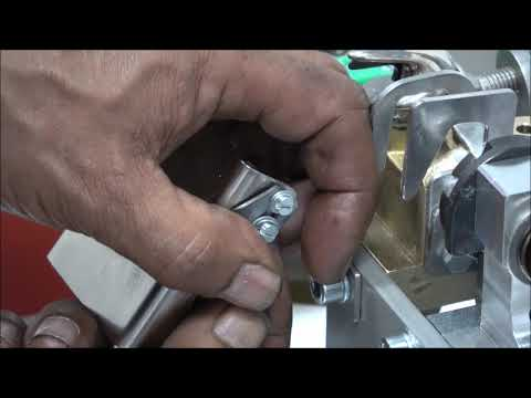 AXRO FQC2: L'élastique n'est pas coupé correctement